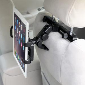Support voiture noir pour fixer une tablette tactile.